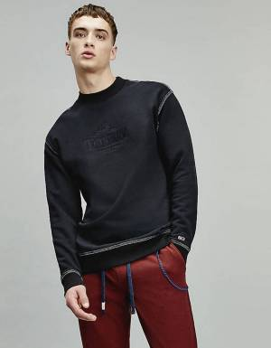 Tommy Jeans Tonal graphic crewneck sweater - black Tommy Jeans Sweater 110,00€