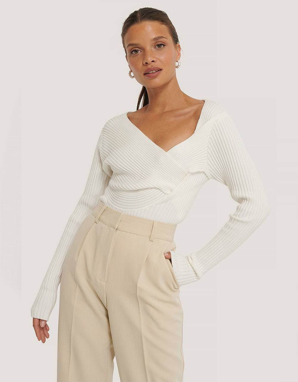 NA-KD Twisted front top - off white NA-KD Top 61,48€