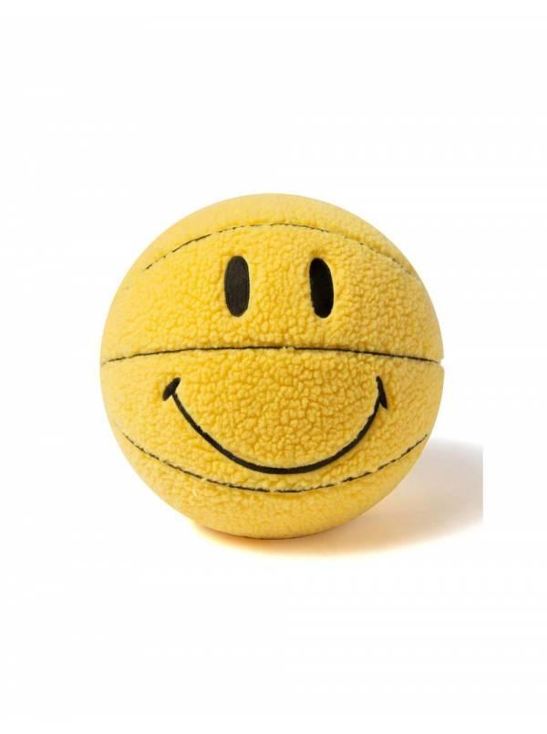 ChinaTown Market Smiley plush basketball - yellow Chinatown Market ACCESSORIES 65,00€