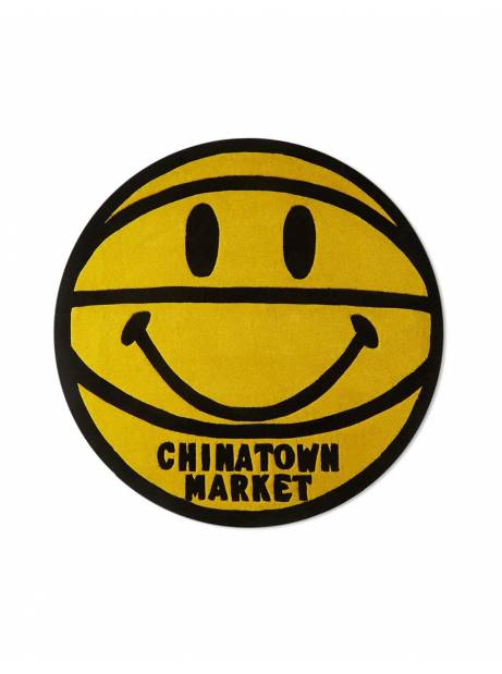 ChinaTown Market Smiley basketball 4ft rug - yellow Chinatown Market ACCESSORIES 240,00€